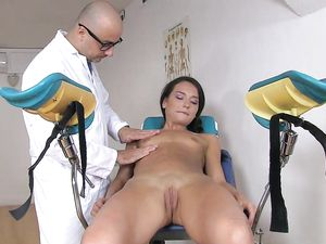 Bad Doctor Butt Fucking The Skinny Teenage Girl