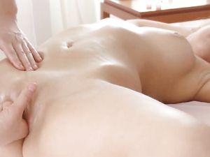 Massage Before Amazing Young Pussy Pounding