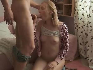 Teen Seductress Fucked Hard By Her Horny Boyfriend