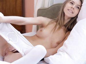 Watching His Teen GF Masturbate Is Wicked Hot