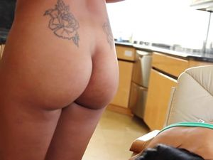 Pussy Eating And Banging In A Hot Threesome Act