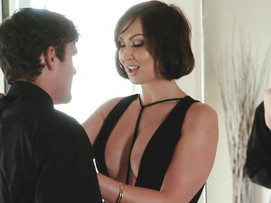 Hot Body Stepmom Needs His Young Cock Inside Her